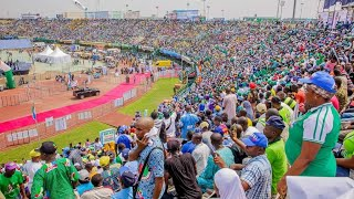 Heavy Mammoth Crowd Welcomed President Buhari Today in Lagos State for APC Presidential Campaign