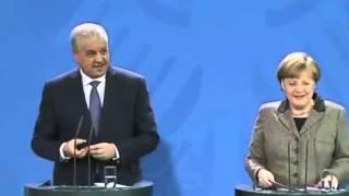 أنجيلا ميركل تحرج الوزير الأول الجزائر