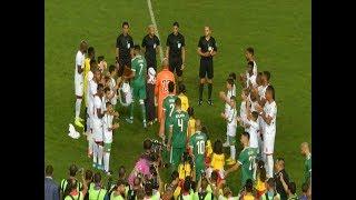 لاعبو البنين يقيمون ممرًا شرفيًا لأبطال إفريقيا 🇩🇿😍