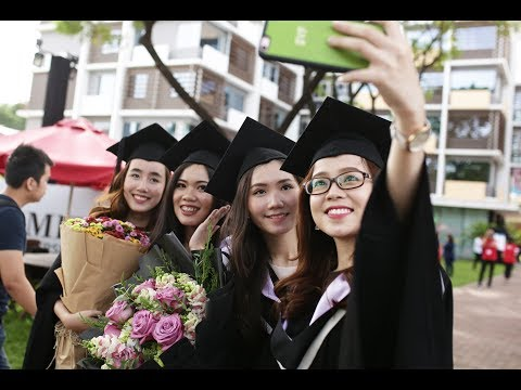 Highlights from RMIT Vietnam Graduation Ceremony 2017