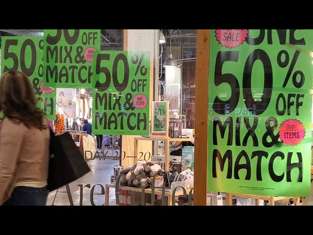 Shoppers flock to Black Friday sales in Las Vegas during COVID era