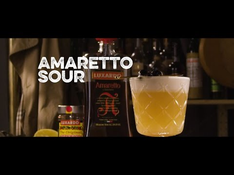 How to Drink: Amaretto Sour
