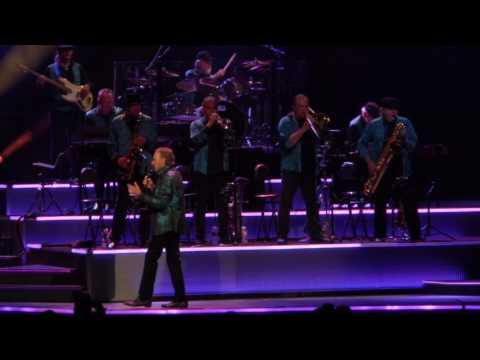Neil Diamond - Sweet Caroline , Cracklin Rosie , America - Wells Fargo Center, Philly 6/20/2017
