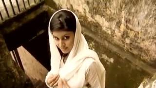 Pujor Gaan - Modhu Madhuri Chadalo Akash
