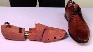 FootFitter Exclusive European Style Cedar Shoe Tree