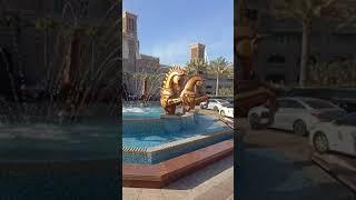 shorts DUBAI 2021 Hotel Jumeirah Al Qasr Позалоченные кони Gilded horses