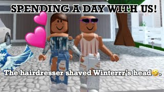 SPENDING THE DAY WITH THE WAVY SISTERS! Bloxburg/ROBLOX!
