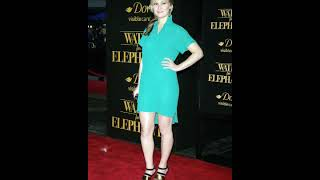 Julia Stiles Hot Images Photos Gallery Wallpapers Video