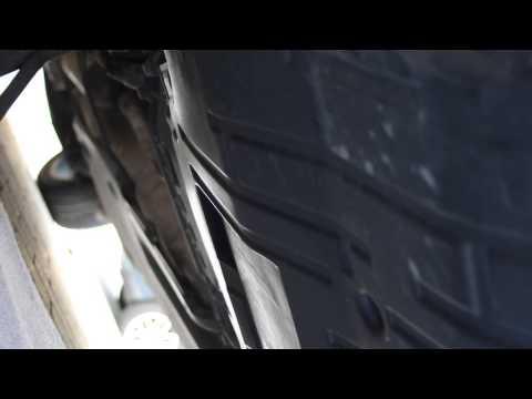How to remove VW Passat B6 Underbody Engine Plastic Tray