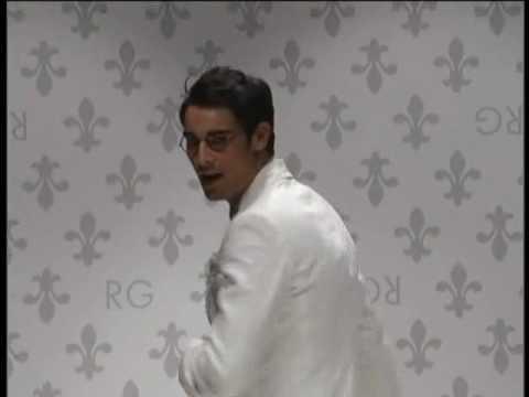 Romeo Gigli SS09 Full show