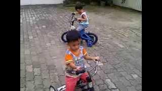 Gambar cover Papa F2, Mas Faiz dan Adik Faigan Main Sepeda Part 2