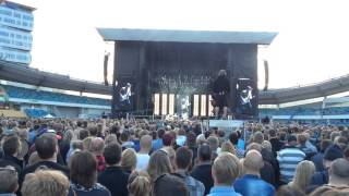 Foo Fighters - Tie Your Mother Down, School's Out