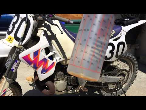 How To Mix 2 Stroke Oil For A Motorcycle