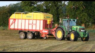Silage 2011 Kelly Brothers at the Grass 2 x John Deere 6930 Pottinger Torro Forage Wagons Part 1