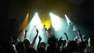 Fat Freddys Drop - Silver and Gold - Village Underground London