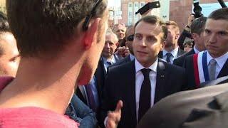 Macron interpellé par des cheminots à Saint-Dié-des-Vosges