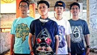 Video Threesixty Skatepunk - Dewi download MP3, 3GP, MP4, WEBM, AVI, FLV Maret 2018