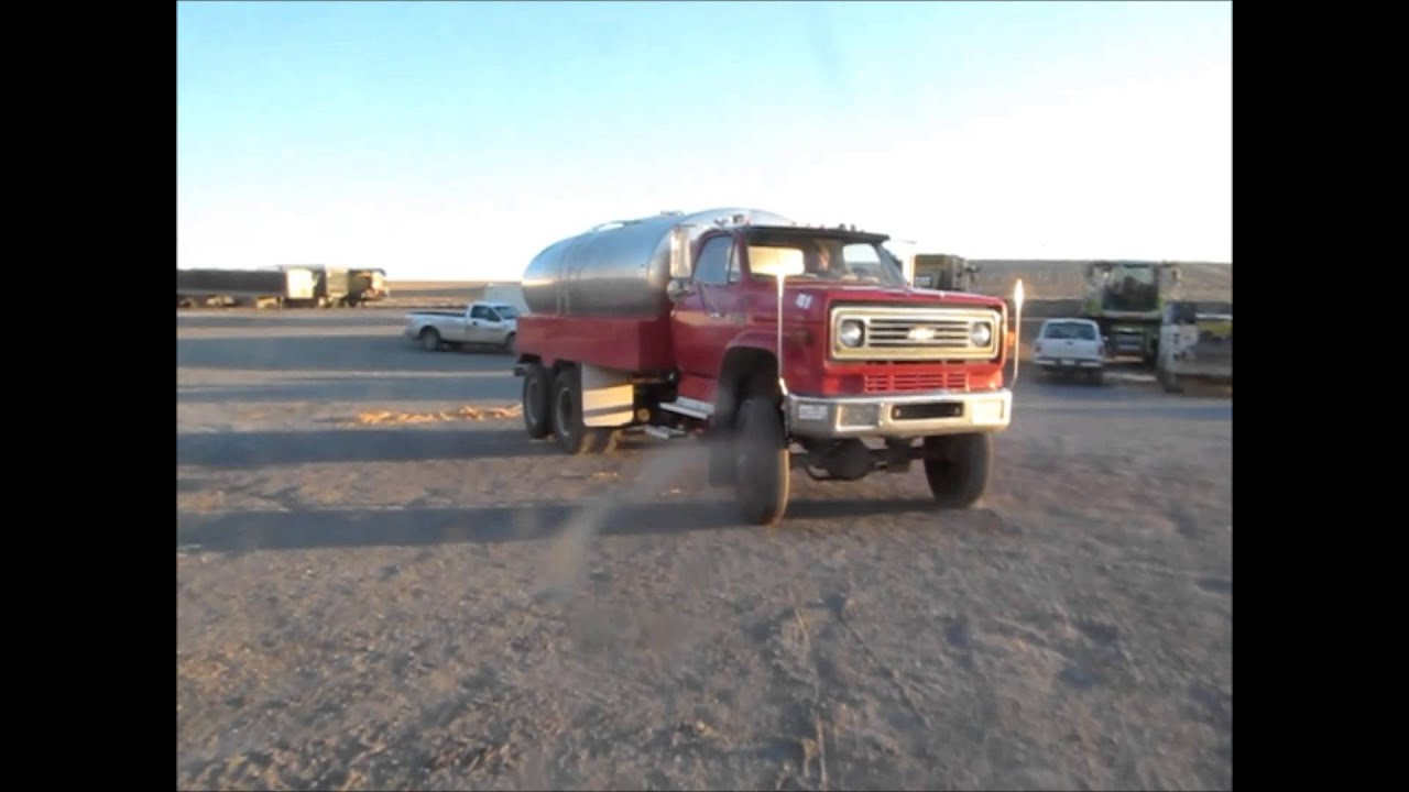 Gmc Truck For Sale >> 1976 Chevrolet C65 Custom Deluxe water truck for sale | sold at auction October 9, 2014 - YouTube