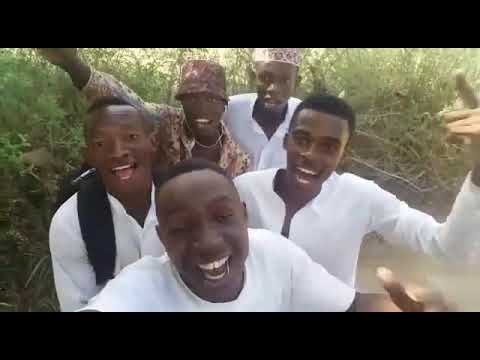 Foreigners Singing Bollywood Song   Bholi Si Surat    African Boys Singing   Dil Toh Pagal Hai  