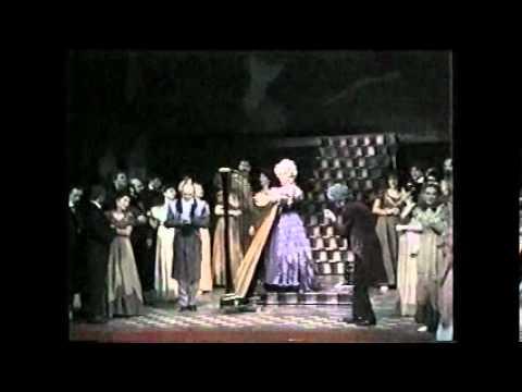 """Download Krystyna Tyburowska - Aria Olimpii z """"Opowieści Hoffmana"""" Jacquesa Offenbacha"""