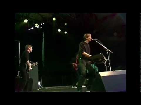 TV2 - Bag Duggede Ruder [Live]