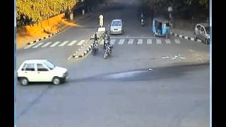 Chandigarh Traffic Police - Road Side Crash Video- 1 (Your Safety - Our Concern)