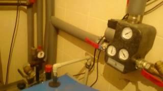 Работа, обвязка твердотопливного пиролизного котла ATMOS (Атмос) DC 22 S видео обзор(Пиролизный котел отопления на твердом топливе Атмос ДЦ (ATMOS DC) http://termoplus.com.ua/production/atmos-dc/, 2017-01-20T10:15:41.000Z)