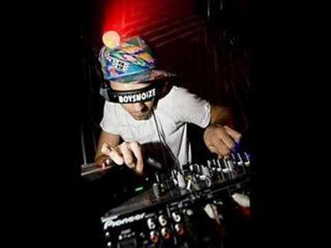 Boys Noize Oh! ATrak remix