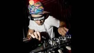 Boys Noize Oh! (A-Trak remix)