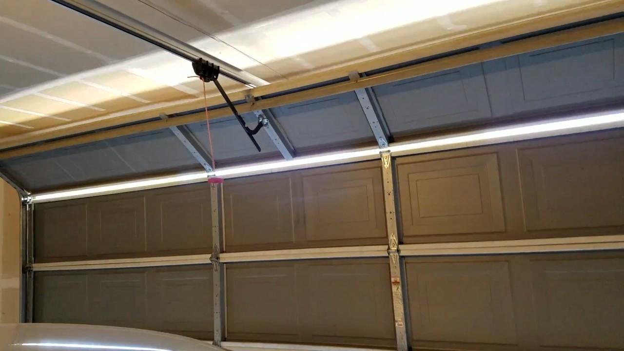 Garage Door Problem Closing Youtube