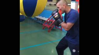 Fenerbahçe dereağzı tesislerinde yetişkinlere özel bay bayan boks kursları için iletişim 05076076921