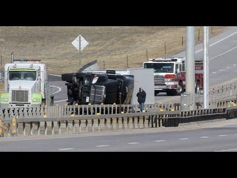 "BREAKING ""Wild Weather In Wyoming 9 Trucks Turn Over & 100"" Snow"