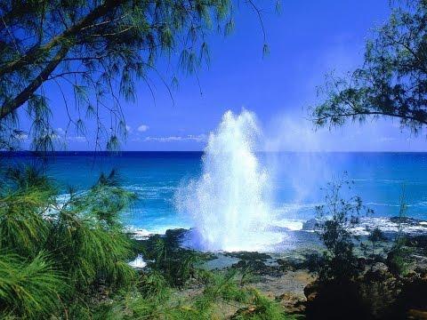 Природный фонтан, о. Кауаи, Гавайи. Spouting Horn Poipu. Kauai, Hawaii.
