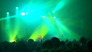 Xavier Rudd - Follow The Sun (Live Rocher De Palmer)