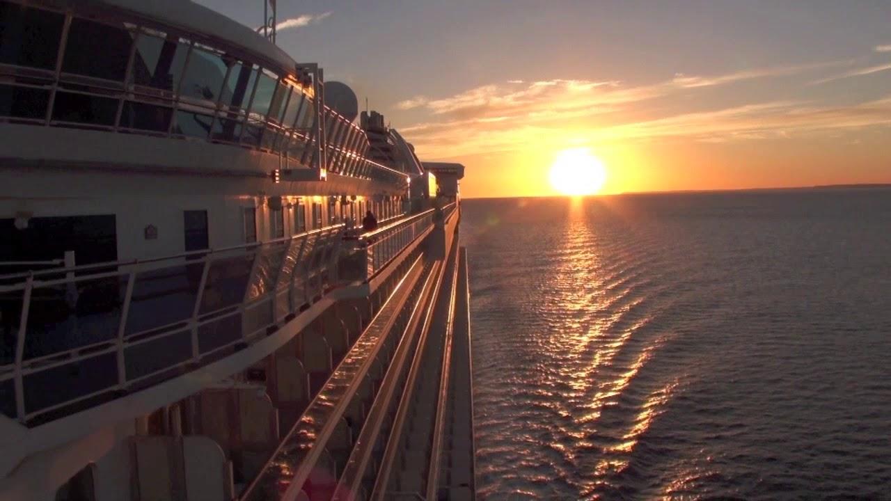 SUNRISE ON A CRUISE SHIP - YouTube
