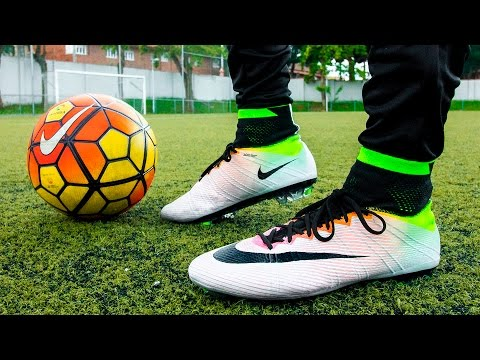 Ultimate Nike Mercurial Superfly IV Radiant Reveal Pack - Test & Review