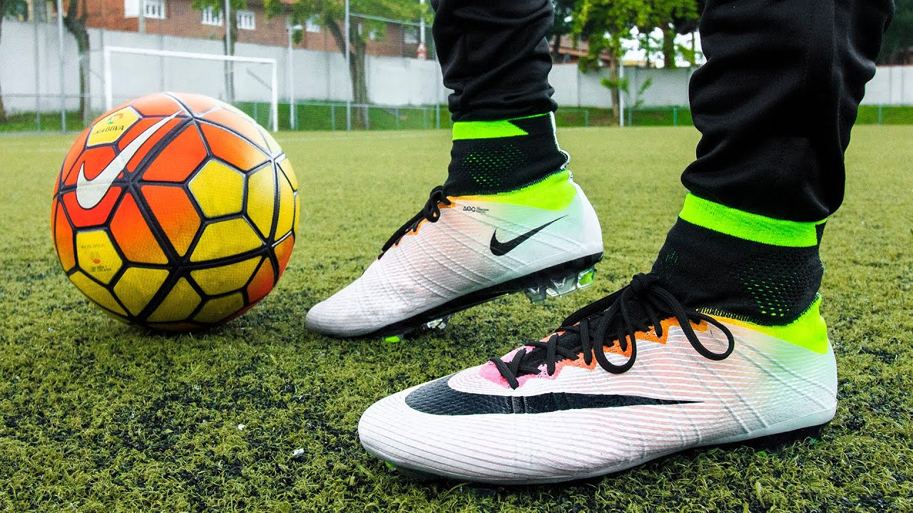 brand new 7216e c7cde Ultimate Nike Mercurial Superfly IV Radiant Reveal Pack - Test   Review