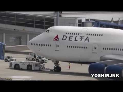 """Fly to Detroit!"" Delta Air Lines Boeing 747-451 N669US in CHUBU International Airport"