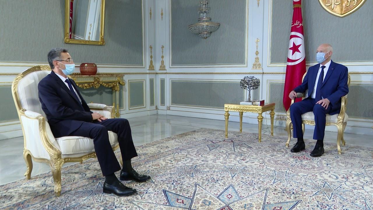 لقاء رئيس الجمهورية قيس سعيد مع  وزير الداخلية السيد توفيق شرف الدين