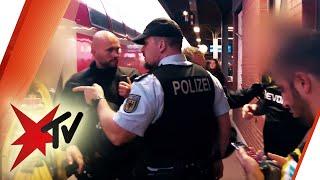 Risikospiele in der Bundesliga: Die Polizei im Einsatz gegen Hooligans und Chaoten | stern TV