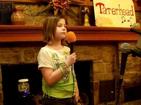 """Haylee sings """"Grenade"""""""