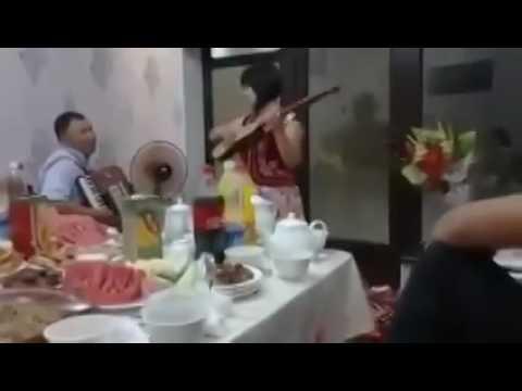 Кишимжан элдик талант эзип койдуго
