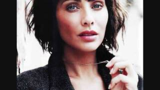 Watch Natalie Imbruglia Scars video