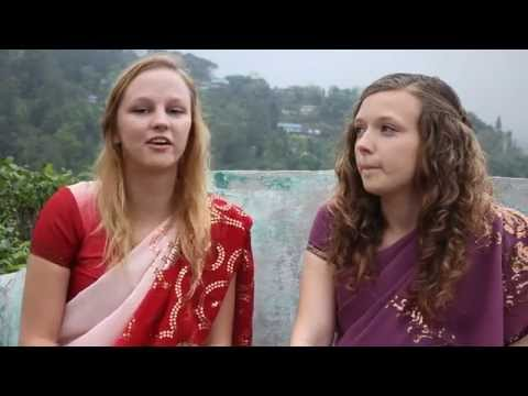 Volunteering In India - Emily & Elizabeth At Blue Diamond School