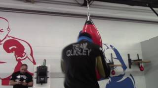 POWERFUL! -JASON QUIGLEY LETS HIS HANDS GO DURING HEAVYBAG WORK - *in camp footage*/ iFL TV
