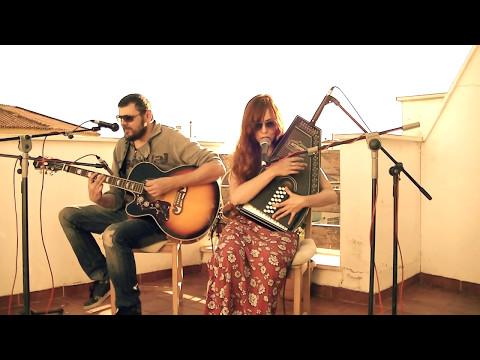 Maika Lavera - acoustic duet - Cold little Heart (Michael Kiwanuka)