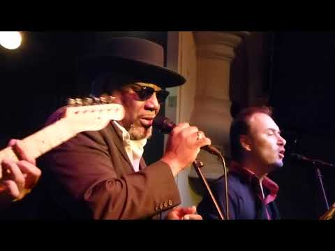 Big Daddy Wilson - Wake Up Before It's Too Late (Schwarzer Hasen Wangen Im Allgäu, 24.11.17) HD