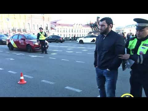 Подробности про мажора сбившего людей на  BMW  в центре Санкт-Петербурга