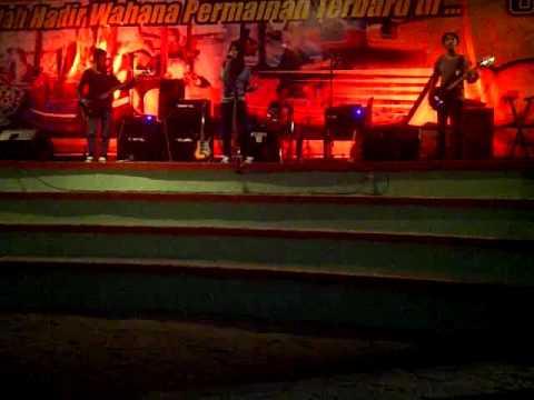The North Guard - Jika Cinta Dia (Cover Geisha) at Usman Janatin City Park Purbalingga