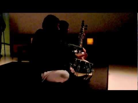 Dubai, UAE: East Indian musicians at the Armani Hotel's Amal Resaurant (18 Nov 2011), 1 of 2